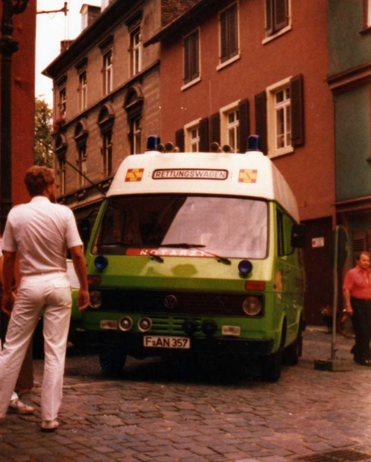 Volkswagen LT-31 Emergency Ambulance
