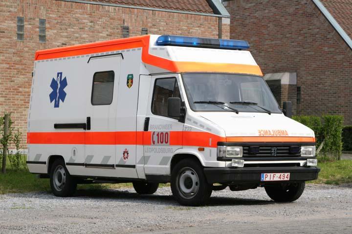 Brandweer Leopoldsburg Peugeot ambulance