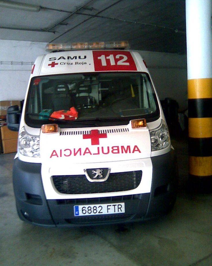 Spanish Peugeot Ambulance 6882FTR