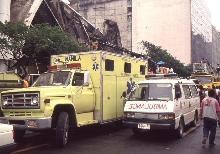 Paramedic at scene in Manila 1992