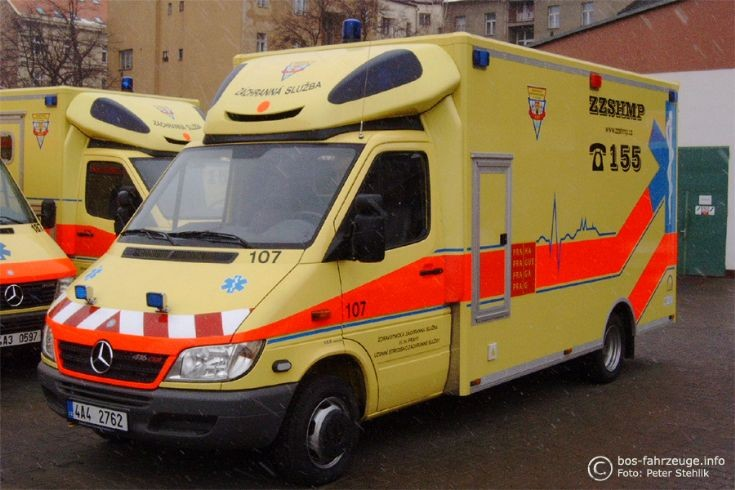 Ambulance photos prague emergency medical services for Mercedes benz emergency number