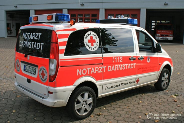 ambulance photos darmstadt emergency doctor. Black Bedroom Furniture Sets. Home Design Ideas