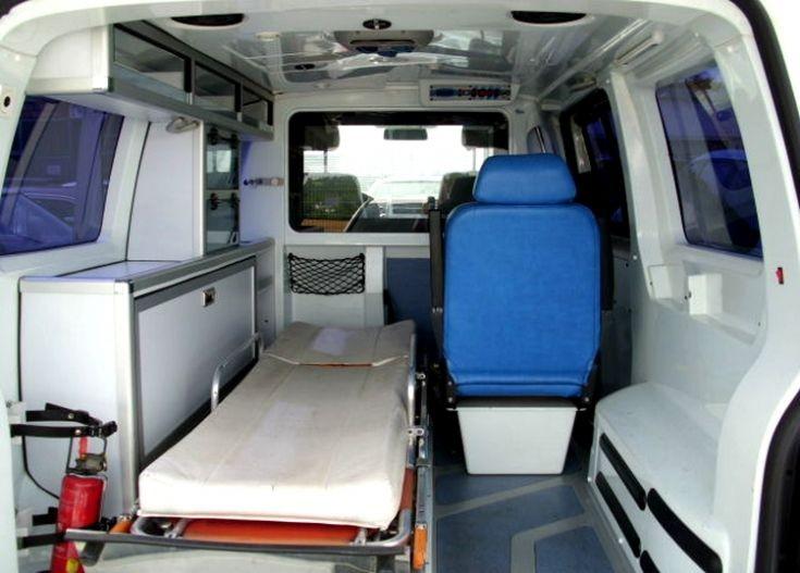 VW-T-5, Ambulance interior