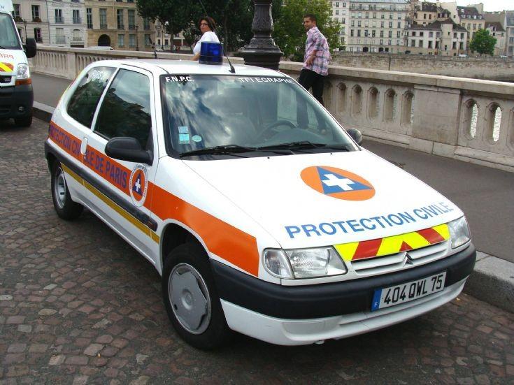Paris - Protection Civile Light vehicle