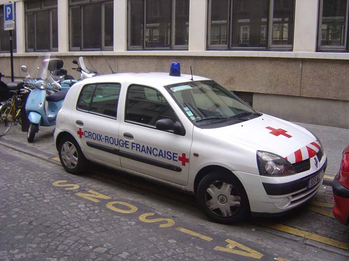 French Red Cross Renault Clio