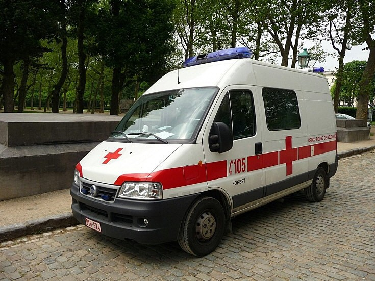 Fiat van of Red Cross