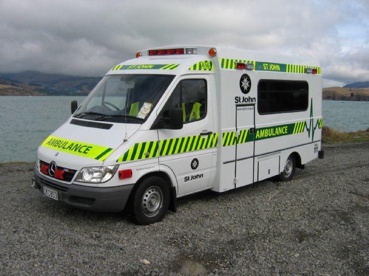 New Zealand Mercedes CKC853