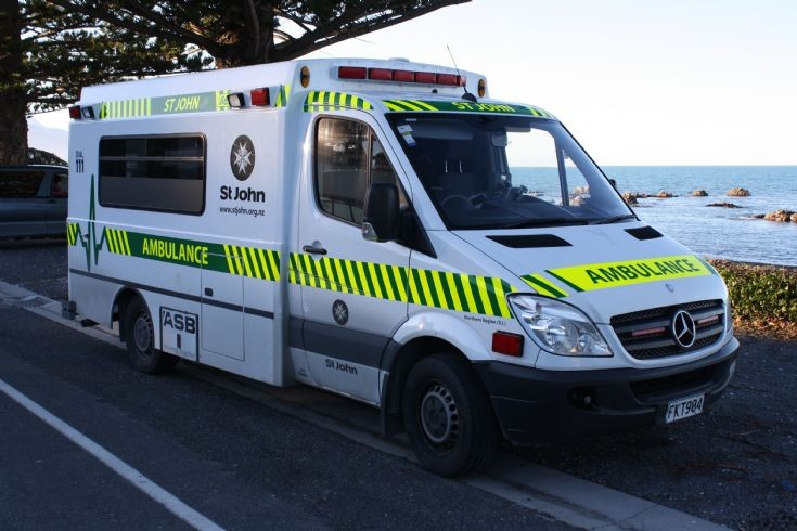 New Zealand Mercedes FKT984