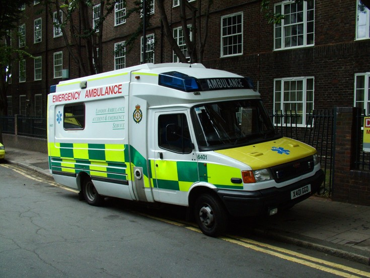 London Ambulance #6401