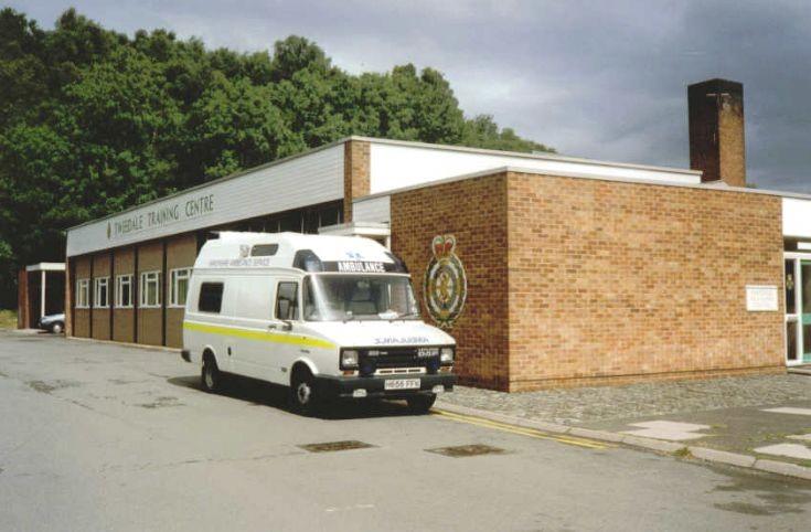 H656 FFK Shropshire ambulance LDV 400 diesel