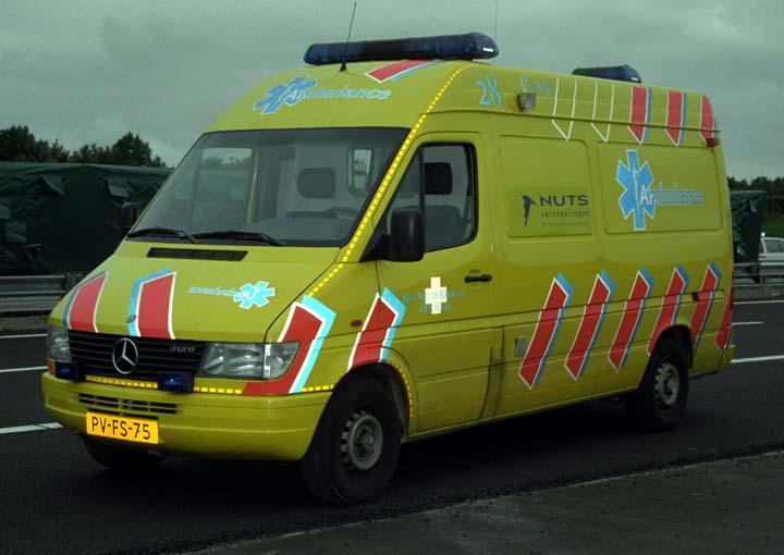 Ambulance Photos Het Witte Kruis Den Haag Mercedes Benz Ambulance