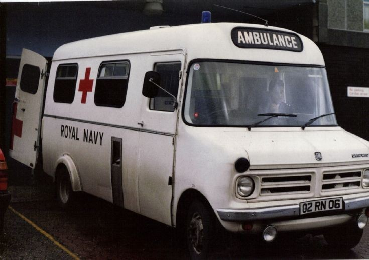 Royal Navy Ambulance 02RN06