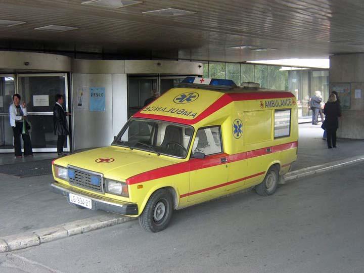 http://ambulance-photos.com.s3.amazonaws.com/490.jpg