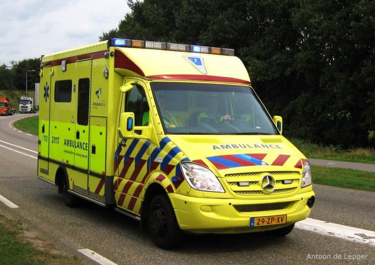 Mercedes-Benz Ambulance nr. 23117