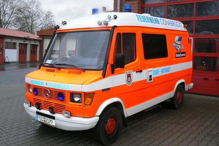 Mercedes 300D Baby Emercency Doctor Osnabrück