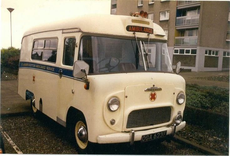 Morris of Scottish Ambulance Preservation Group