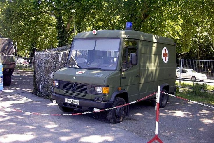 Bundeswehr army ambulance