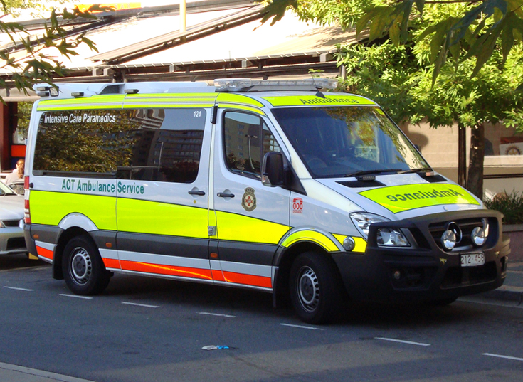 Ambulance photos canberra australia mercedes act ambulance for Mercedes benz emergency number