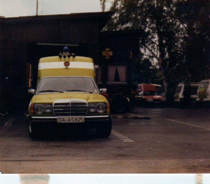 Mercedes Benz 300 D Ambulance ASB