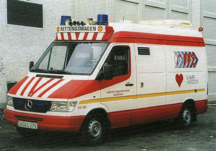 ambulance photos asb darmstadt mercedes sprinter binz. Black Bedroom Furniture Sets. Home Design Ideas