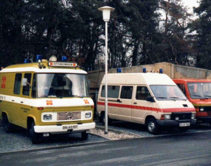 ambulance photos sama darmstadt 85 83. Black Bedroom Furniture Sets. Home Design Ideas