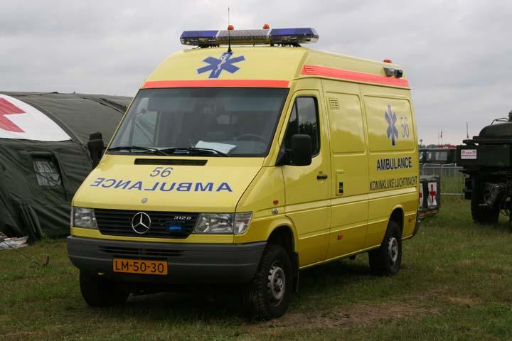 Koninklijke Luchtmacht Mercedes-Benz ambulance